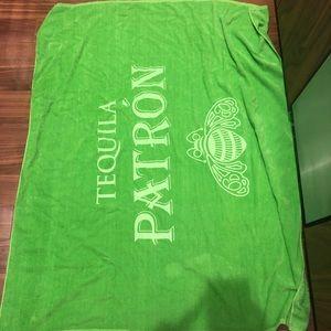 Patron towel